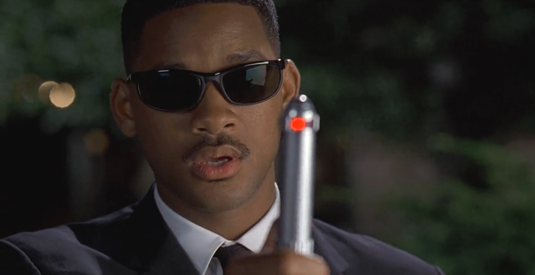 Will Smith Wearing sunglasses in Men in black